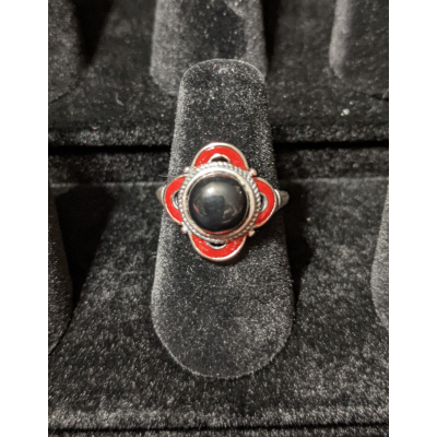 Medieval Ring - 8mm Onyx, Red Enamel and Silver - Adjustable