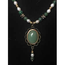 Single Drop Italian Renaissance Necklace - Jade and Pearl